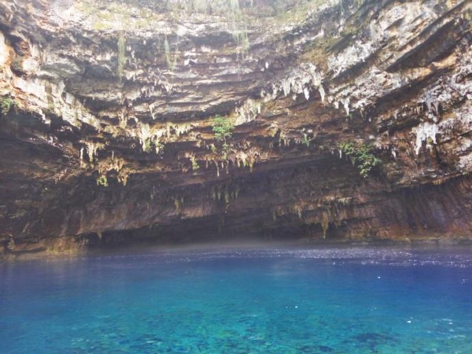 пещера-озеро Мелиссани о. Кефалония